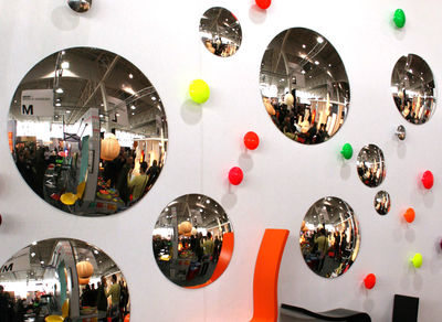 Photo: http://www.madeindesign.co.uk/prod-Rounded-mirror-Sentou-Edition-ref005216-31.html