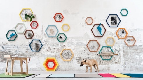 Photo: https://www.formabilio.com/shop/home-accessories/shelves/racchetta-storage-frame#