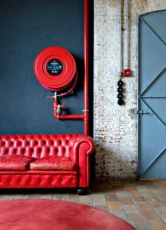 Photo: http://www.lushome.com/red-interior-colors-adding-passion-energy-modern-interior-design/103012