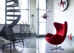 white-interior-red-accent-chair-665×477