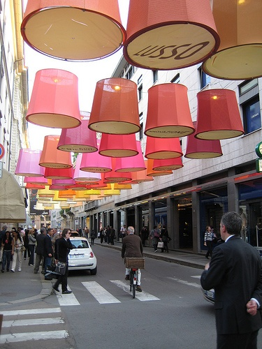 http://www.fastcompany.com/1274906/milan-2009-teresa-sapey-lights-monte-napoleone-her-paper-lanterns
